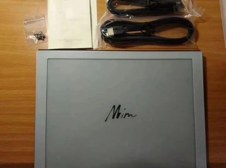 【用户首评】Mira显示器将成为继Note2后的又一大生产力!